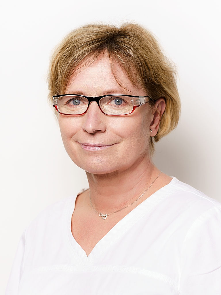 MUDr. Olga Holotová
