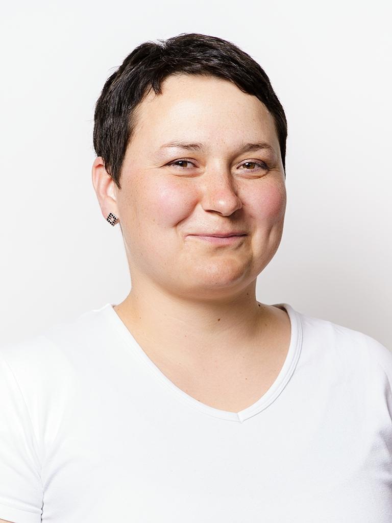 Mgr. Alena Mokruschová